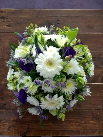 Classic Posy   Blue and White
